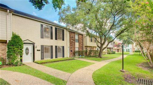 Photo of 10332 Longmont Drive #47/3, Houston, TX 77042 (MLS # 18518456)