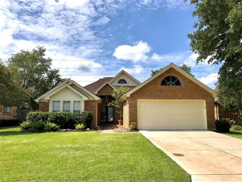 Photo of 2814 S Peach Hollow Circle, Pearland, TX 77584 (MLS # 4006459)