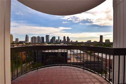 Photo of 5001 Woodway Drive #1202, Houston, TX 77056 (MLS # 47438459)