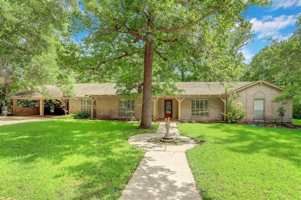 Photo for 3519 N Frazier Street, Conroe, TX 77303 (MLS # 53341459)