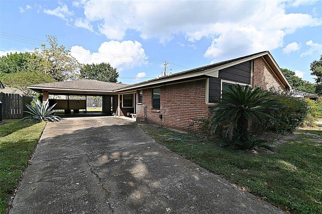 Photo for 5214 Georgi Lane, Houston, TX 77092 (MLS # 34642460)