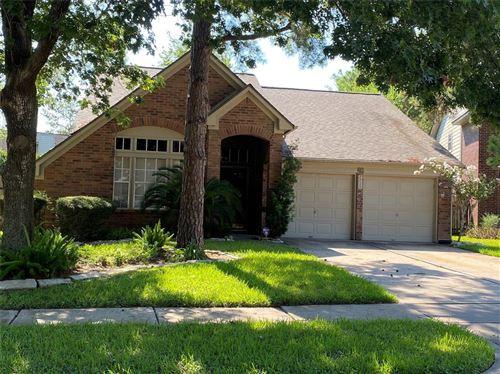 Photo of 7710 Thorncreek Way, Houston, TX 77095 (MLS # 46193465)