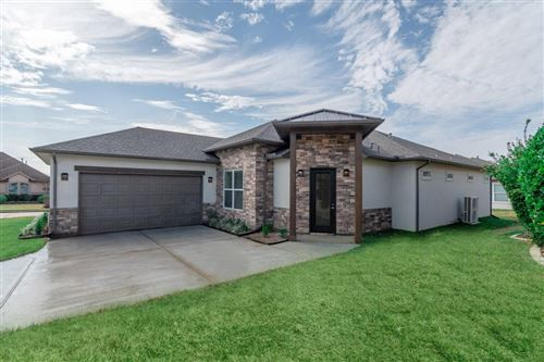 Photo of 1 Amelia Court, Montgomery, TX 77356 (MLS # 86337465)