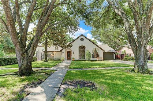 Photo of 2911 University Boulevard, Houston, TX 77005 (MLS # 74891466)
