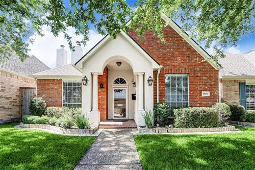Photo of 9907 Kemp Forest Drive, Houston, TX 77080 (MLS # 74515468)