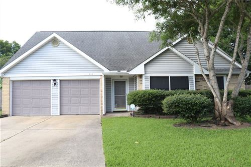 Photo of 414 Windhollow Circle, League City, TX 77573 (MLS # 93105468)
