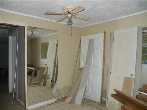 Tiny photo for 885 Shellee Drive, Conroe, TX 77303 (MLS # 24328471)