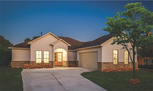 Photo of 41 Cloverdale Court, Montgomery, TX 77356 (MLS # 89627473)