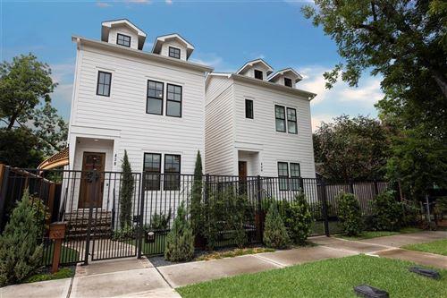 Photo of 438 W 28th Street, Houston, TX 77008 (MLS # 36046480)