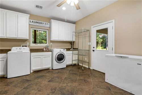 Tiny photo for 10914 Maddys Court, Montgomery, TX 77316 (MLS # 91044481)
