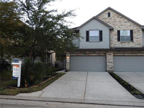 Photo of 35 Whitekirk Place, Magnolia, TX 77354 (MLS # 32850486)