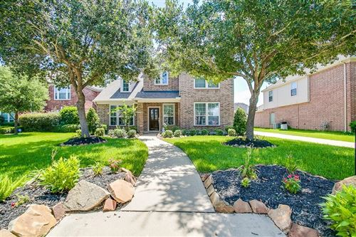 Photo of 7110 Timber Edge, Humble, TX 77346 (MLS # 87946486)