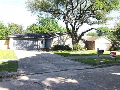 Photo of 11526 New Vista Lane, Houston, TX 77067 (MLS # 93875488)