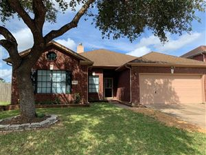 Photo of 16818 Anchor Park, Friendswood, TX 77546 (MLS # 77607489)