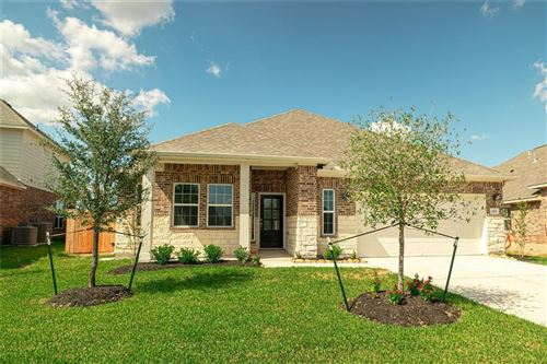 Photo of 21403 Somerset Shores Crossing, Kingwood, TX 77339 (MLS # 17179492)