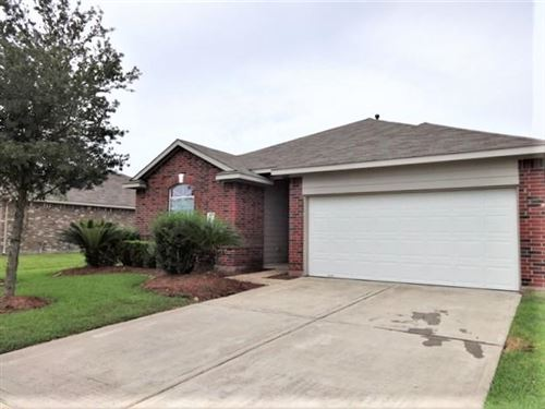 Photo of 3111 Buckeye Lane, Pearland, TX 77584 (MLS # 60640492)