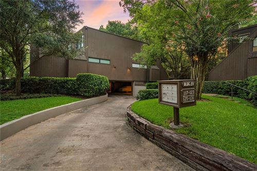 Tiny photo for 131 Litchfield Lane, Houston, TX 77024 (MLS # 27410499)