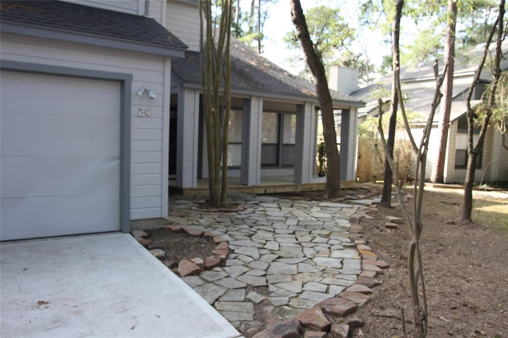 Photo for 24 Gannet Hollow Place, The Woodlands, TX 77381 (MLS # 29500505)