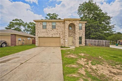 Photo of 827 Lovebug Lane, Conroe, TX 77301 (MLS # 89126508)
