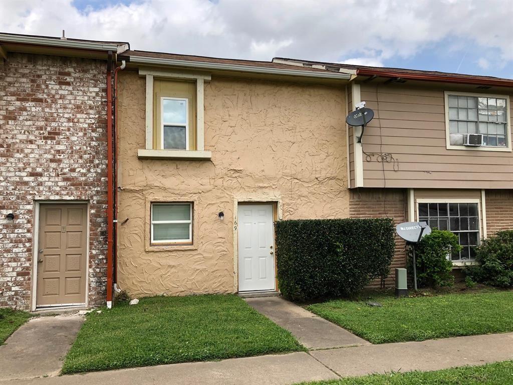 Photo for 169 Casa Grande Drive, Houston, TX 77060 (MLS # 1065508)