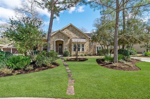 Photo of 10 Glistening Pond Place, The Woodlands, TX 77382 (MLS # 91983510)