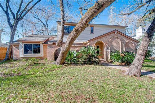 Photo of 719 Langwood Drive, Houston, TX 77079 (MLS # 11714512)