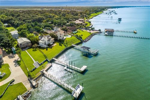 Photo of 5415 W Bayshore Drive, Bacliff, TX 77518 (MLS # 79816512)