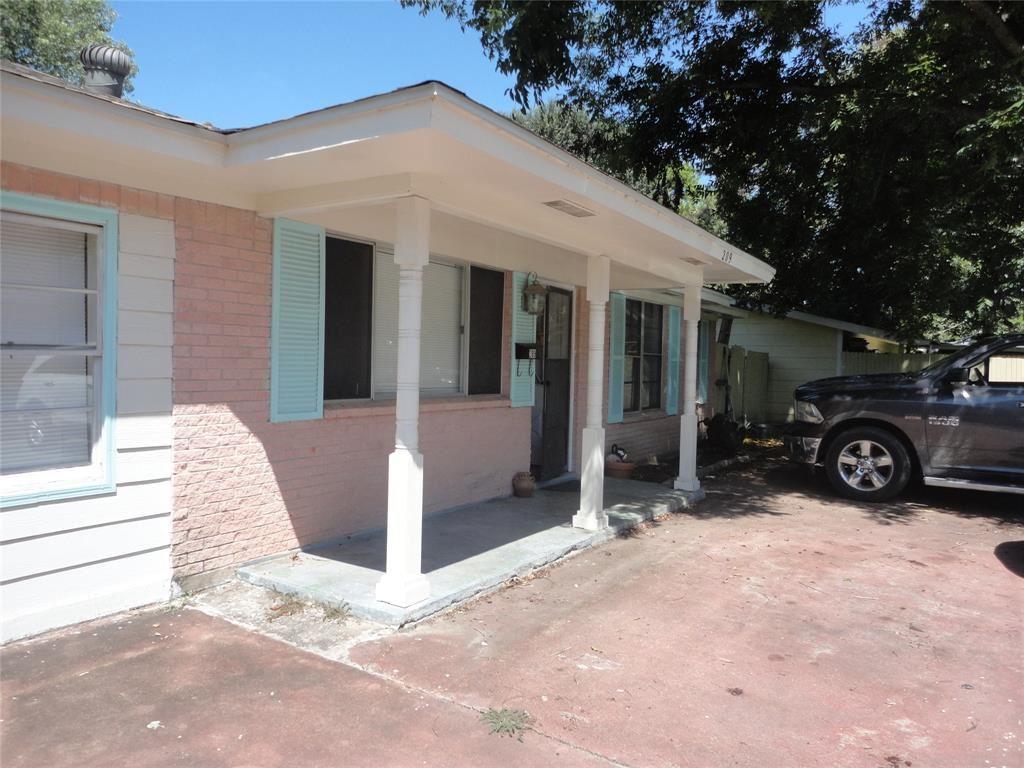 209 N 5th Street, Alvin, TX 77511 - #: 29946512