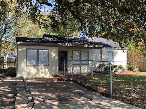 Photo of 904 Pleasant Drive, Baytown, TX 77520 (MLS # 17833513)