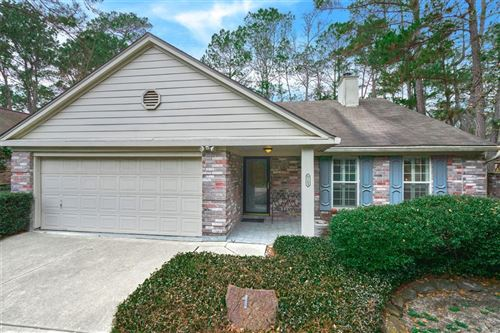 Photo of 163 W Village Knoll Circle, The Woodlands, TX 77381 (MLS # 27974520)
