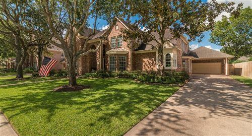Photo of 3923 Crown Ridge Court, Houston, TX 77059 (MLS # 10918523)