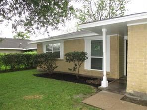 Photo of 12710 S Coast Drive, Houston, TX 77047 (MLS # 70065523)