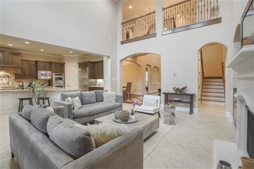 Photo of 10 Shanewood Court, The Woodlands, TX 77382 (MLS # 57329524)