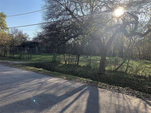 Photo of 6609 Ezzard Charles, Houston, TX 77091 (MLS # 10188526)
