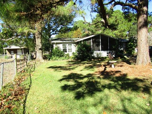 Photo of 7050 County Road 171, Alvin, TX 77511 (MLS # 49324526)