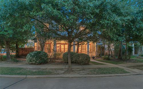 Photo of 135 Hansom Trail Street, The Woodlands, TX 77382 (MLS # 49086527)