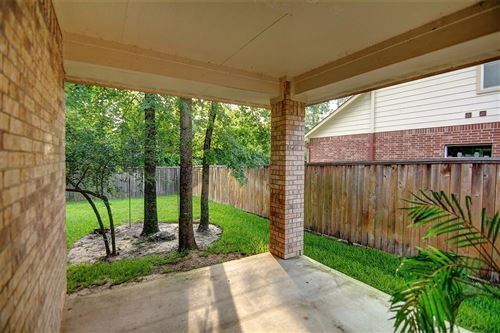 Photo of 46 W SPINDLE TREE, The Woodlands, TX 77382 (MLS # 82031528)