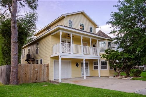 Photo of 818 Cedar Road, Clear Lake Shores, TX 77565 (MLS # 40457531)