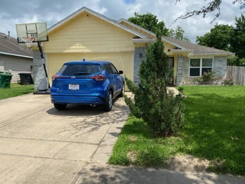 Photo of 2634 Sockeye Drive, Houston, TX 77045 (MLS # 54574534)