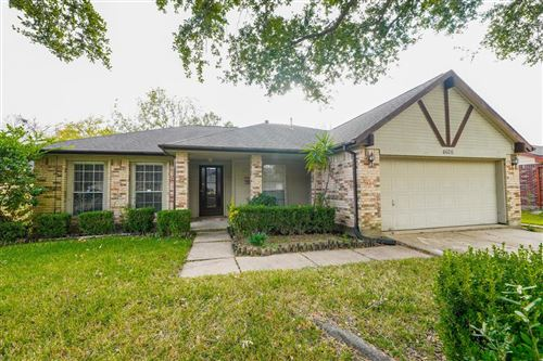 Photo of 4626 Linden Place, Pearland, TX 77584 (MLS # 90588534)