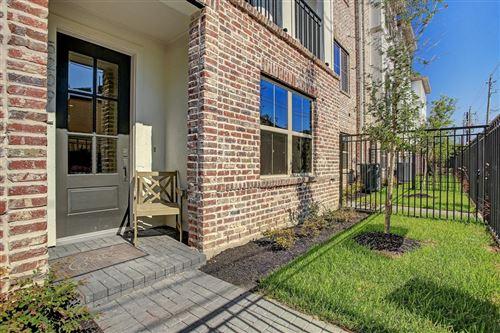 Tiny photo for 5205 Allen Street #D, Houston, TX 77007 (MLS # 94362535)