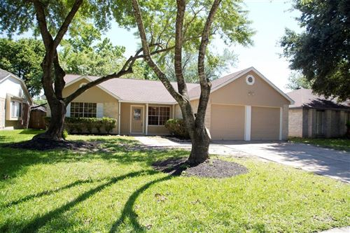 Photo of 7230 Lonesome Woods Trail, Humble, TX 77346 (MLS # 49251536)