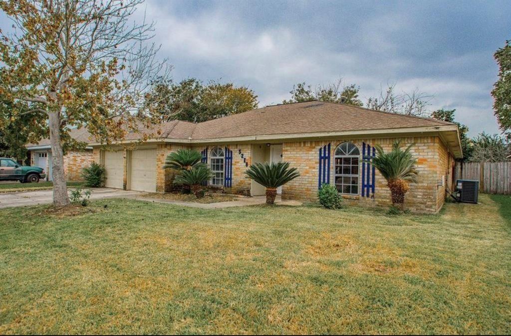 5218 Creekview Drive, La Porte, TX 77571 - MLS#: 61303538