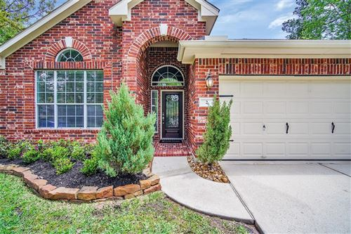 Photo of 2 Heron Hollow Court, The Woodlands, TX 77382 (MLS # 39324539)