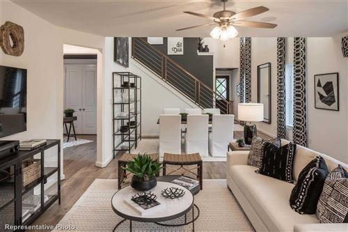 Tiny photo for 112 E East Cascade Heights Drive, Montgomery, TX 77316 (MLS # 55810540)