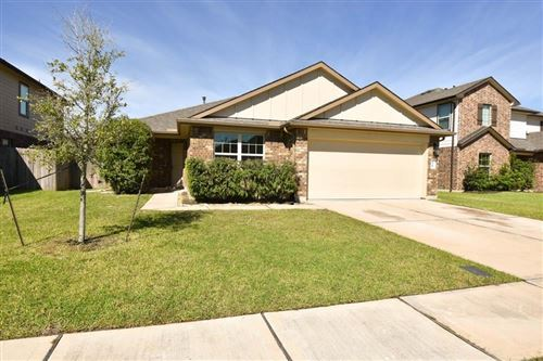 Photo of 11 Rodeo Bend Drive, Manvel, TX 77578 (MLS # 49196551)