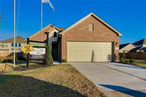 Photo of 6911 Segunda Lane, Rosharon, TX 77583 (MLS # 54346552)