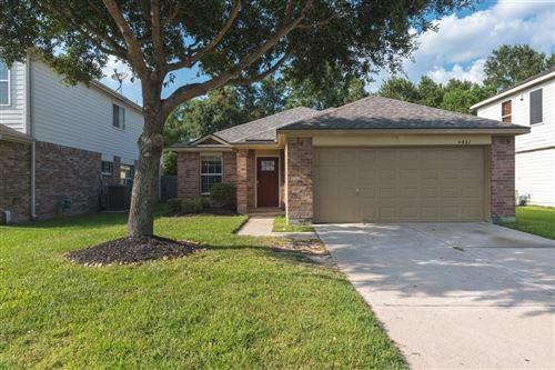 Photo of 4927 Woodland Meadows Lane, Humble, TX 77346 (MLS # 33170556)