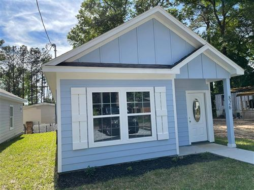 Photo of 826 Palmdate, Montgomery, TX 77316 (MLS # 59778556)
