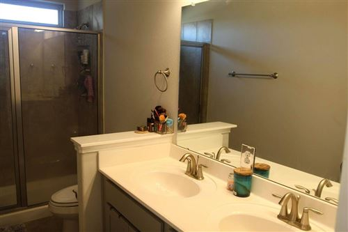 Photo of 4106 W Bayou Maison Circle, Dickinson, TX 77539 (MLS # 70024557)